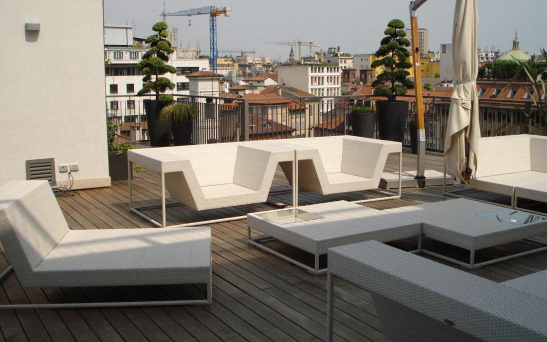 Terrazzo attico ristrutturato a Milano